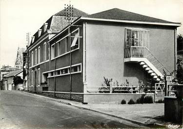 """CPSM FRANCE 79 """"Airvault, Hotel du Cygne"""""""
