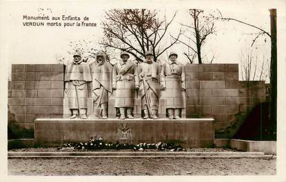 "CPSM FRANCE 55 ""Verdun, Monument aux morts"""