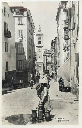 """/ CPSM FRANCE 06 """"Nice, vieille rue"""""""