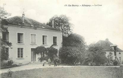 "/ CPA FRANCE 18 ""Allogny, la cour """