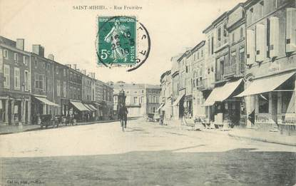 "/ CPA FRANCE 55 ""Saint Mihiel, rue Fruitière"""