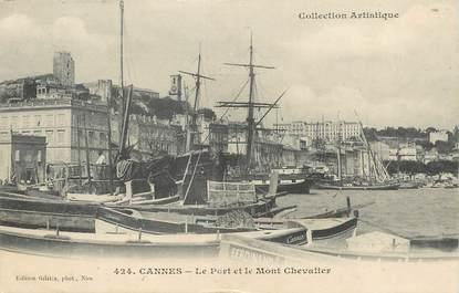 """/ CPA FRANCE 06 """"Cannes, le port et le mont Chevalier """""""
