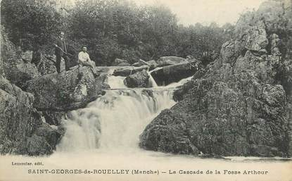 "/ CPA FRANCE 50 ""Saint Georges de Rouelley, la cascade de la fosse Arthour"""
