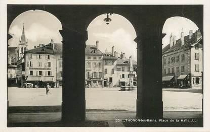 """CPSM  FRANCE 74 """"Thonon les bains, place de la Halle"""""""