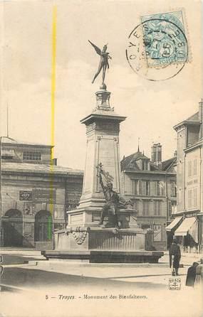 """/ CPA FRANCE 10 """"Troyes, monument des Bienfaiteurs"""""""