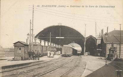 """CPA FRANCE 42 """"Saint Etienne, interieur de la gare de Chateaucreux"""""""
