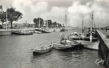 "/ CPSM FRANCE 14 ""Ouistreham Riva Bella, le port de pêche"""