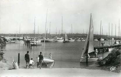 """/ CPSM FRANCE 14 """"Ouistreham, le petit port et les voiliers"""""""