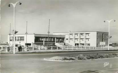 "/ CPSM FRANCE 14 ""Riva Bella, l'hôtel de la plage"""