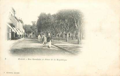 "CPA ALGERIE ""Médéa, rue Gambetta"""