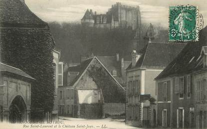 """/ CPA FRANCE 28 """"Nogent le Rotrou, rue Saint Laurent et le château Saint Jean"""""""