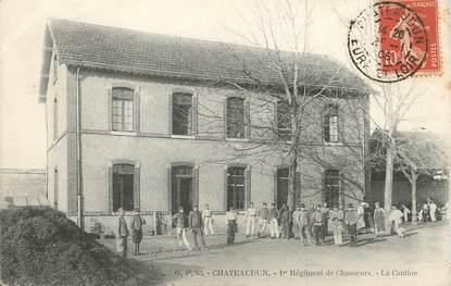 """/ CPA FRANCE 28 """"Chateaudun, 1ère régiment des chasseurs, la cantine"""""""