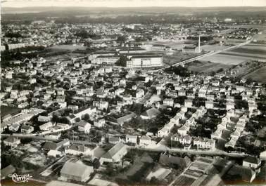 """CPSM FRANCE 10 """"Troyes, vue aérienne sur les Hauts Clos"""""""