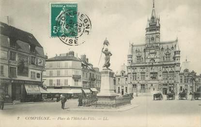 """/ CPA FRANCE 60 """"Compiègne, place de l'hôtel de ville"""""""