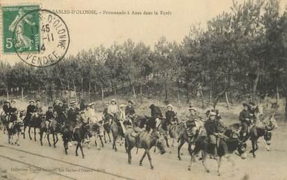"""/ CPA FRANCE 85 """"Sables d'Olonne, promenades à Ânes dans la forêt"""""""
