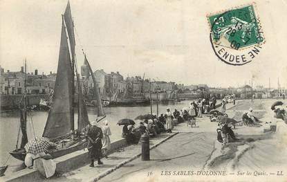 """/ CPA FRANCE 85 """"Sables d'Olonne, sur les quais"""""""