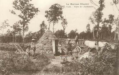 """/ CPA FRANCE 58 """"En forêt, hutte de Charbonnier"""""""