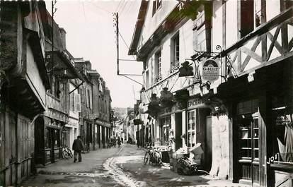 "CPSM FRANCE 56 ""Pontivy, vieilles maisons rue du Fil"""