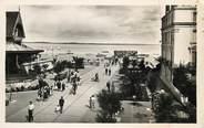 """33 Gironde CPSM FRANCE 33 """"Arcachon, un coin de la plage à marée basse"""""""