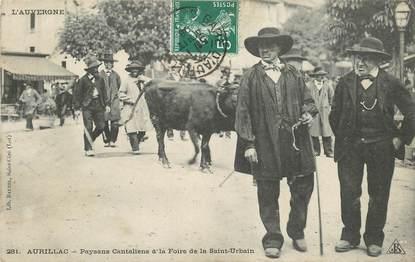 """CPA FRANCE 15 """"Aurillac, Paysans cantaliens à la Foire de la Saint Urbain"""""""