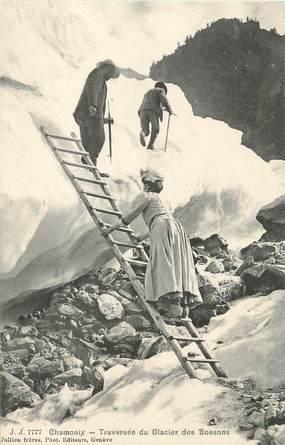 """/ CPA FRANCE 74 """"Chamonix, traversée du glacier des Bossons"""" / ALPINISME"""