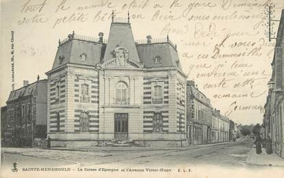 """/ CPA FRANCE 51 """"Sainte Menehould, la caisse d'épargne et l'avenue Victor Hugo"""" / CE / BANQUE"""