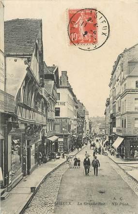 "/ CPA FRANCE 14 ""Lisieux, la grande rue """