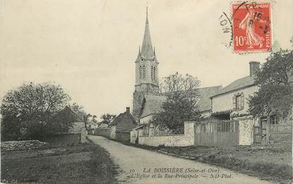 """/ CPA FRANCE 78 """"La Boissière, l'église et la rue principale"""""""