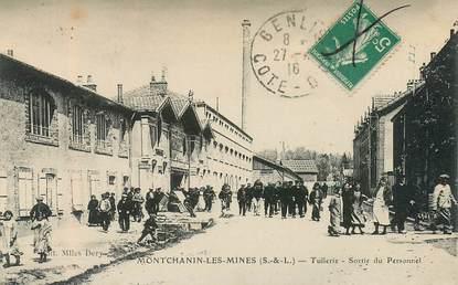 """CPA FRANCE 71 """"Montchanin les Mines, tuilerie, sortie du Personnel"""""""