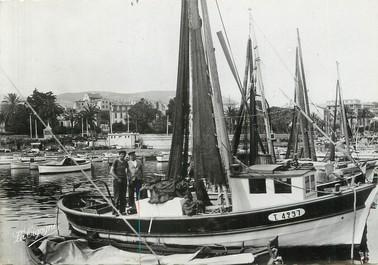 """/ CPSM FRANCE 83 """"Toulon, un coin du port au Mourillon """""""
