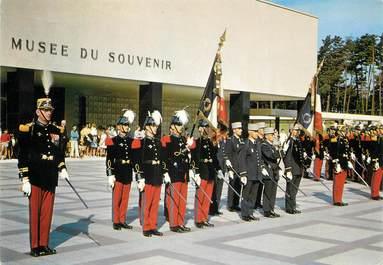 """/ CPSM FRANCE 56 """"Saint Cyr Coëtquidan, les drapeaux des écoles"""""""