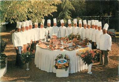 """/ CPSM FRANCE 72 """"19 Bonnes tables Sarthoises"""""""
