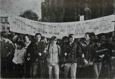 """/ CPSM FRANCE 33 """"Bordeaux, manifestation contre le projet Devaquet"""""""