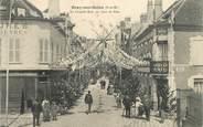 """77 Seine Et Marne CPA FRANCE 77 """"Bray sur Seine, la grande rue, un jour de fête"""""""