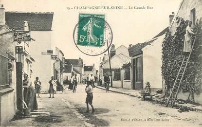 """CPA FRANCE 77 """"Champagne sur Seine, la Grande rue"""""""