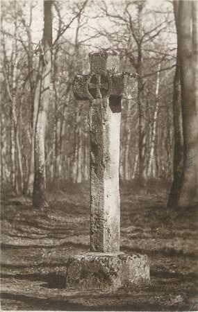 """/ CPSM FRANCE 78 """"Saint Germain en Laye, la croix Pucelle"""" / JEANNE D'ARC"""