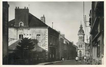 """/ CPSM FRANCE 44 """"Savenay, rue de l'église"""""""