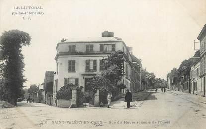 """/ CPA FRANCE 76 """"Saint Valéry en Caux, rue du Havre et cours de l'Ouest"""""""
