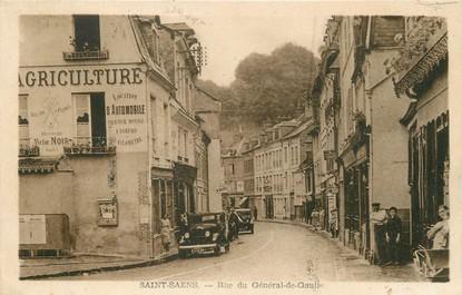 """/ CPA FRANCE 76 """"Saint Saëns, rue du Général De Gaulle"""""""