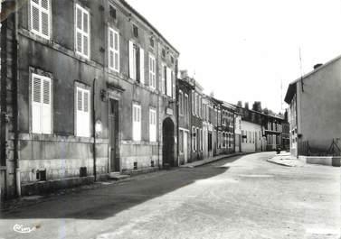 "/ CPSM FRANCE 55 ""Damvillers, le centre"""