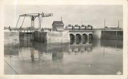 """/ CPSM FRANCE 76 """"Saint Valery en Caux, le nouveau pont"""""""