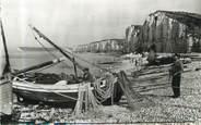 """76 Seine Maritime / CPSM FRANCE 76 """"Yport, préparatifs pour la pêche"""""""