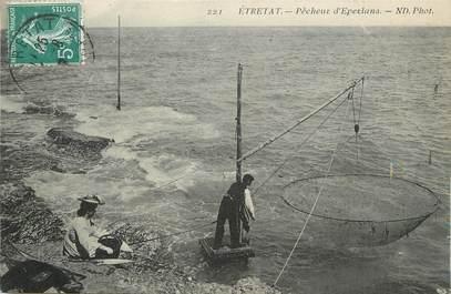 "/ CPA FRANCE 76 ""Etretat, pêche d'Eperlans"""