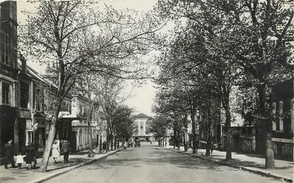"/ CPSM FRANCE 28 ""Chartres, av Jehan de Beauce, la gare"""