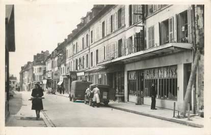 """/ CPSM FRANCE 60 """"Compiègne, rue Saint Corneille"""""""