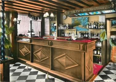 """/ CPSM FRANCE 60 """"Fleurines, auberge de la Biche au bois, le bar"""""""