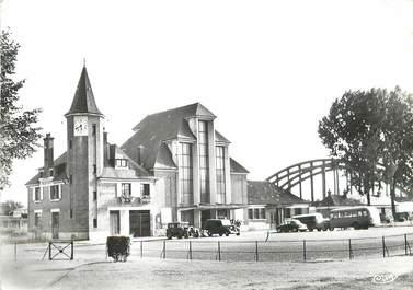 """/ CPSM FRANCE 60 """"Noyon, la gare"""""""