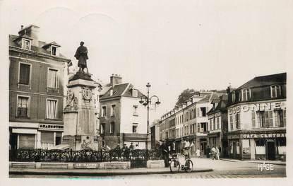 """/ CPSM FRANCE 76 """"Bolbec, la place du Monument"""""""