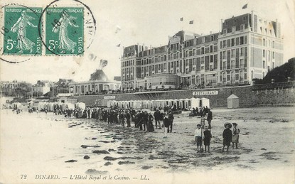 """/ CPA FRANCE 35 """"Dinard, l'hôtel Royal et le casino"""""""