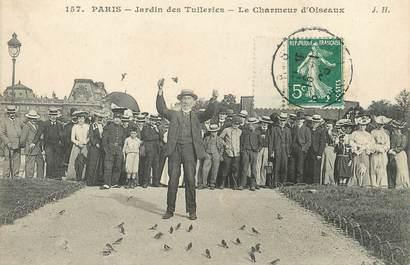 """/ CPA FRANCE 75001 """"Paris, Jardin des Tuileries, le charmeur d'oiseaux"""""""